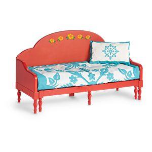 FFC25_Naneas_Bed_and_Hawaiian_Quilt_1.jpeg
